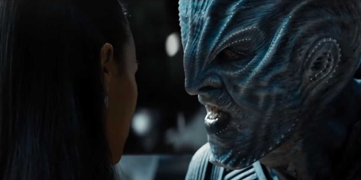 Star-Trek-Beyond-Uhura-Zoe-Saldana-and-Krall-Idris-Elba